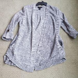 3/4 sleeve medium length lightweight sweater